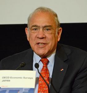 アンヘル・グリア OECD事務総長 写真 1