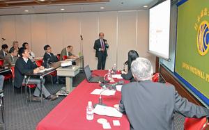 ゴンサロ・デ・ベニト 駐日スペイン大使 会見 写真 4