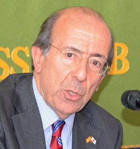 ゴンサロ・デ・ベニト 駐日スペイン大使 会見 写真 1
