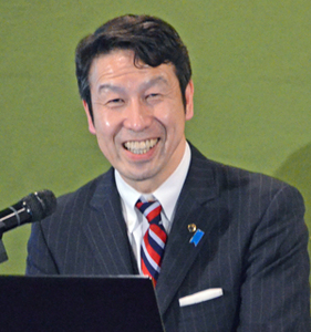 米山隆一 新潟県知事 会見 写真 2