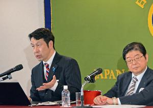 米山隆一 新潟県知事 会見 写真 3