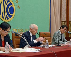 スウィング  国際移住機関(IOM)事務局長 会見 写真 3