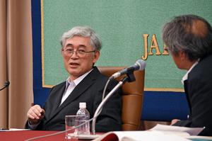 「平成とは何だったのか」(2) 佐々木毅・元東京大学学長 写真 3