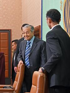 マハティール・マレーシア首相 会見 写真 4