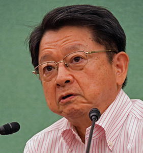 「公文書管理を考える」(6) 片山善博・元総務相 写真 1