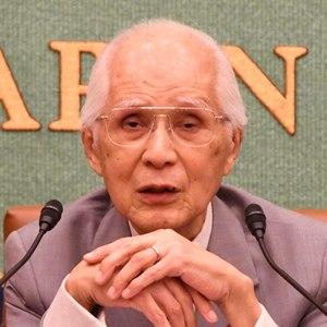 小和田恒・前国際司法裁判所判事 会見 写真 1