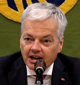 ディディエ・レンデルス・ベルギー副首相兼外務・欧州問題担当相 会見 写真 1