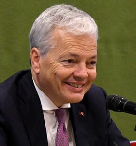 ディディエ・レンデルス・ベルギー副首相兼外務・欧州問題担当相 会見 写真 2