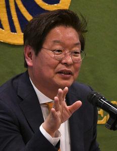 「朝鮮半島の今を知る」(25) 陳昌洙・世宗研究所主席研究員(前所長) 写真 1