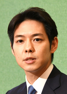 鈴木直道・北海道知事 会見 写真 1