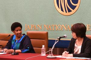 ムランボ・ヌクカ国連女性機関(UN Women)事務局長 会見 写真 3