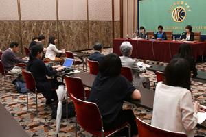 ムランボ・ヌクカ国連女性機関(UN Women)事務局長 会見 写真 4