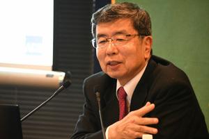中尾武彦・アジア開発銀行(ADB)総裁 会見 写真 2