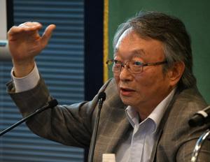 「英語教育改革の行方」(1) 吉田研作・上智大学特任教授 写真 2