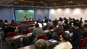 「次の10年 若手政治家に問う」(1) 薗浦健太郎・衆議院議員(自由民主党) 写真 4