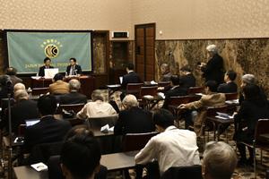 「次の10年 若手政治家に問う」(2) 鈴木隼人・衆議院議員(自由民主党) 写真 4