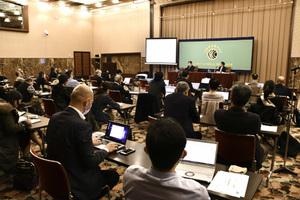 「新型コロナウイルス」(5) 末松誠・日本医療研究開発機構理事長 写真 4
