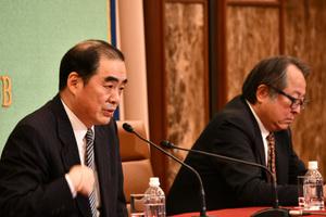 孔鉉佑・中国大使 会見 写真 3