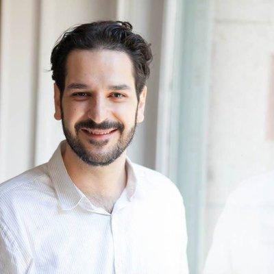 Joaquin Roca headshot