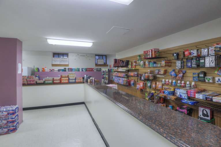 Flint_Hills_Student_Store91
