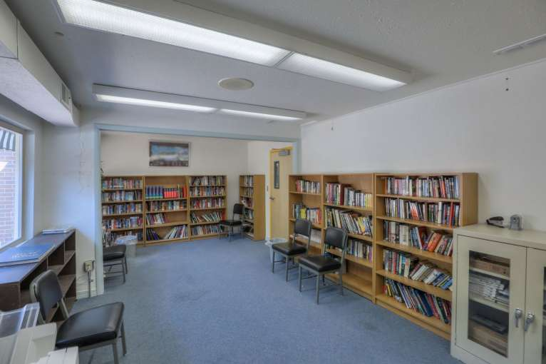 Curlew_Library47