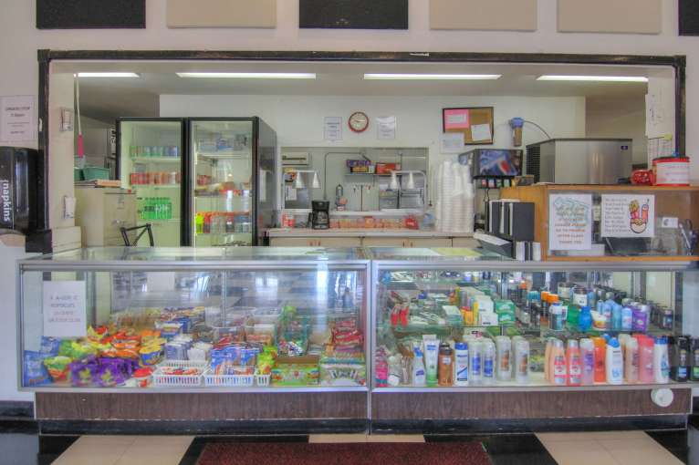 Guthrie_Student_Store15