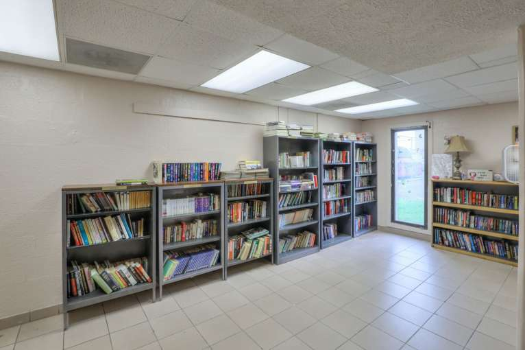 Red_Rock_Library57