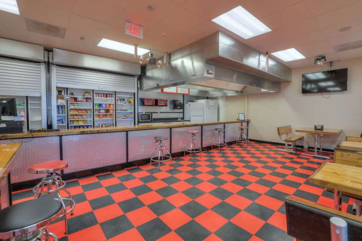 Pinellas_Student_Store1