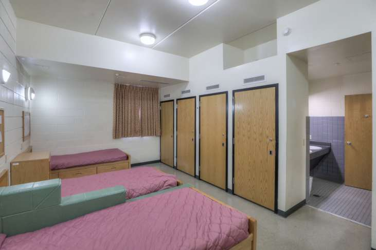 Ford_Dorm81