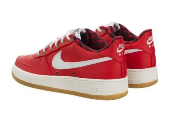 GS Nike YOUTH Air Force 1 LV8 FITS WOMEN/'S 6 BRAND NEW Action Red SIZE 4.5Y