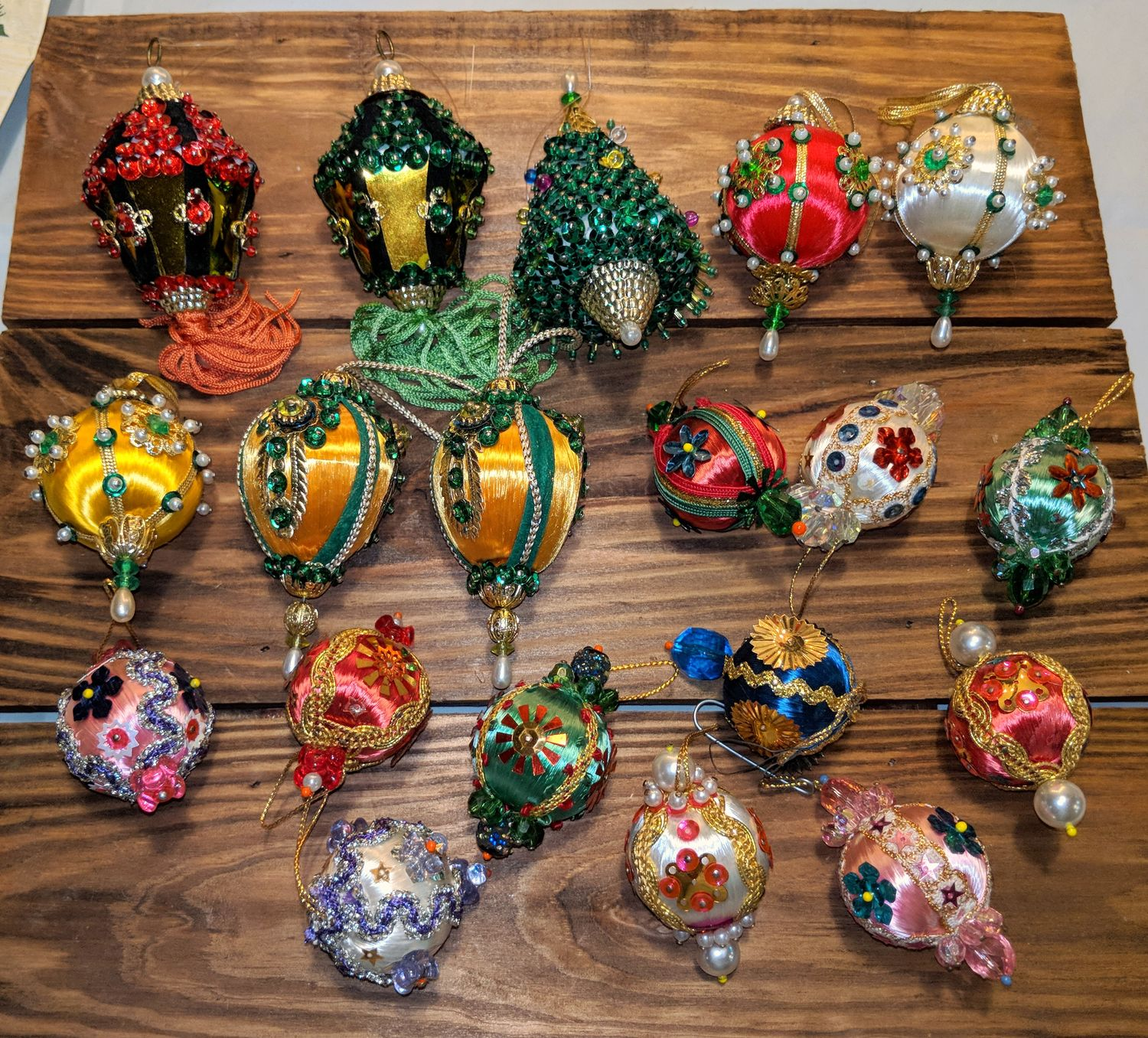 Vintage Beaded Jeweled Sequin Christmas Tree Lot of 19 Ornaments ...