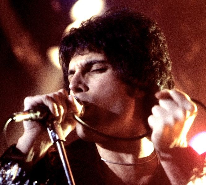 Best Singers: the List of the Greatest Vocalists of All Time