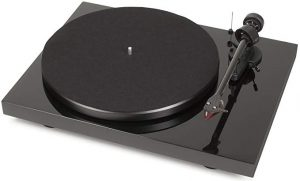 PRO-JECT – DEBUT CARBON  best audiophile turntables