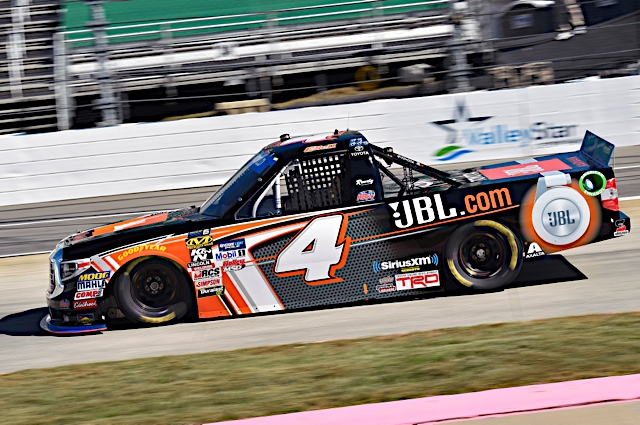 Struggles continue at Martinsville for Bell
