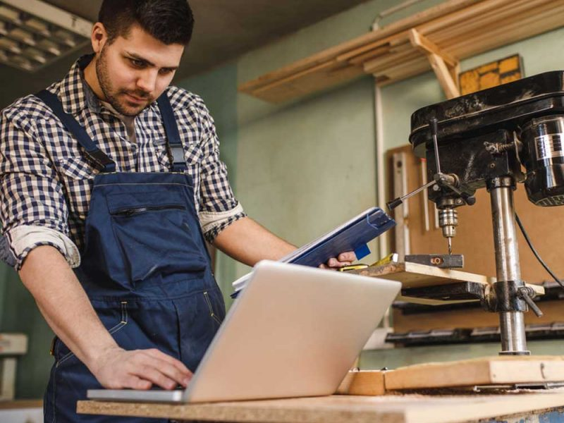Invertir o pagar deudas, conoce cómo lograr ambos para tu negocio