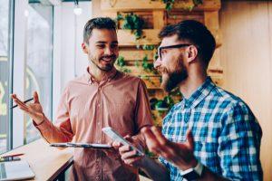 contratar o formar nuevos talentos en empresas