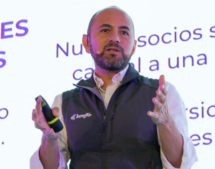 aula-morada-iniciativa-para-capacitar-a-pymes-mexicanas