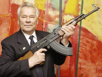 Mikhail Kalashnikov, with his AK-47, in 2002. Jens Meyer/ASSOCIATED PRESS
