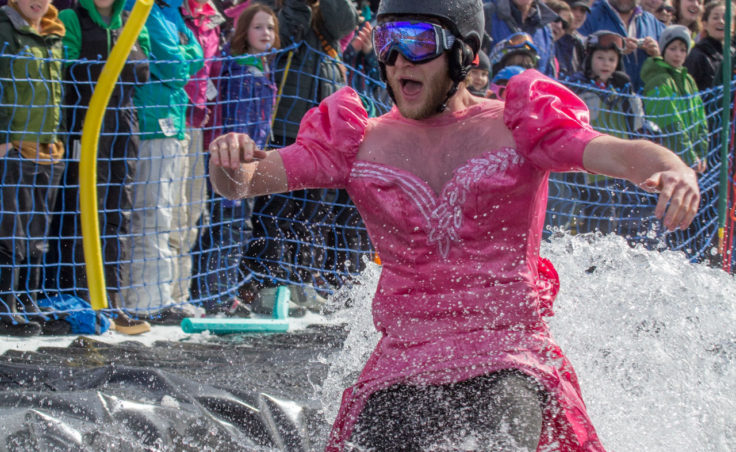 Slush Cup 2014 - Dress Crowd