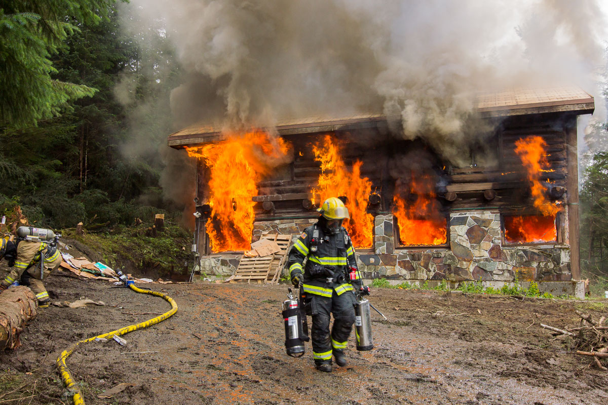 303359724870297693 also Heyburn likewise Juneau Firefighters Train Live Burn together with Buying A Home In The Italian Alps furthermore Oleta River. on log cabin fire