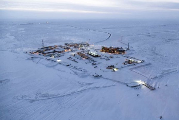 Construction on Exxon Mobil's Point Thomson field in December 2015. (Photo courtesy of Exxon Mobil/MSI Communications)