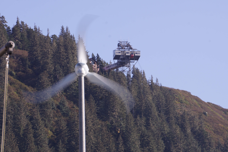Golden North Salmon Derby suspended over wind safety concerns