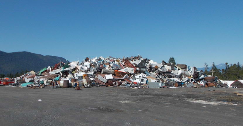 Scrap metal and junk cars are piled up at Petersburg's landfill this month. (Photo by Joe Viechnicki/KFSK)