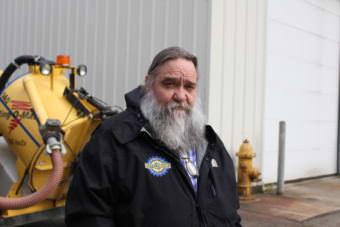 Jim Penor -- Juneau's solid waste coordinator (Photo by Elizabeth Jenkins/Alaska's Energy Desk)