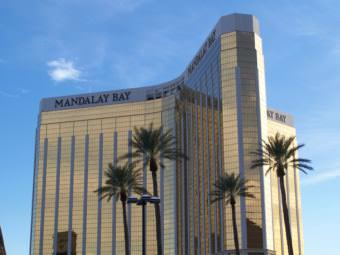 The Mandalay Bay Resort and Casino in Las Vegas, Nevada. (Creative Commons photo courtesy Rebell18190/Wikimedia Commons)