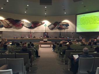 Anchorage Assembly members debate a resolution on SB91, October 10, 2017 (Photo by Zachariah Hughes/Alaska Public Media)