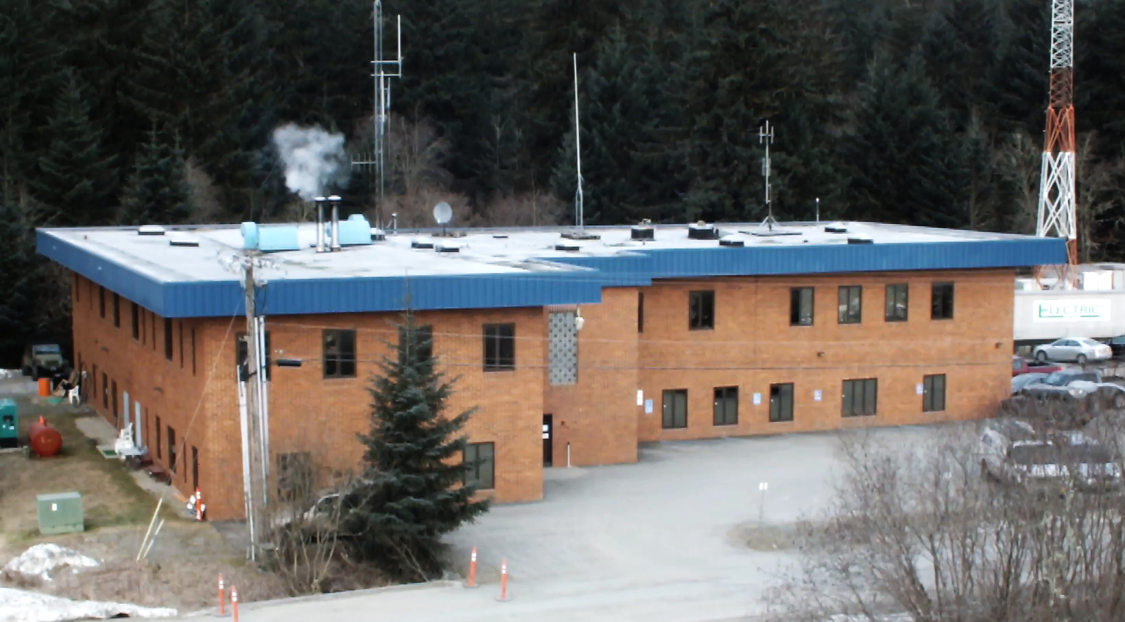 New home of Juneau Pretrial Services on Sherwood Lane in the Mendenhall Valley. (Photo by Matt Miller/KTOO)