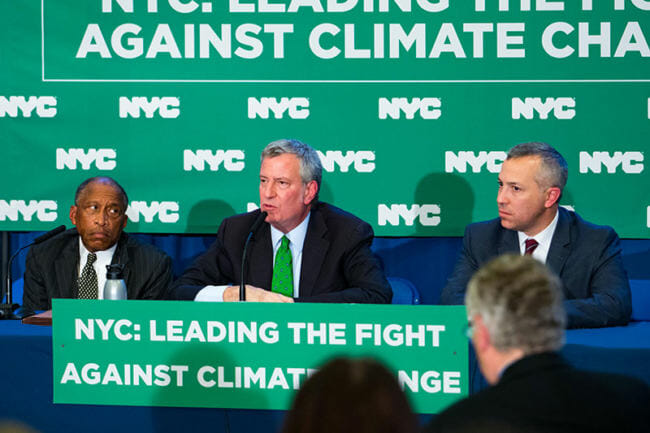 New York Mayor sues five largest oil companies over global warning