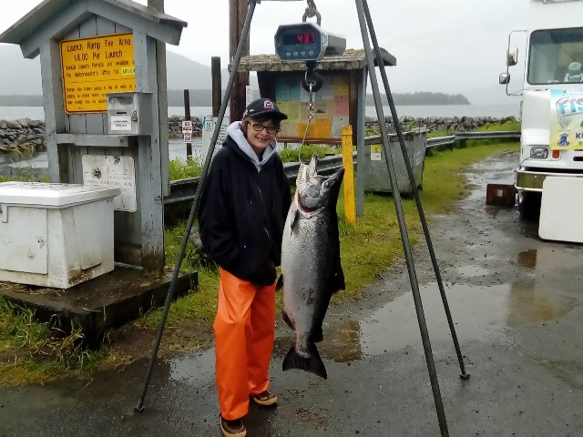 Chase Hanis poses with his 2017 winning king salmon. (Photo courtesy Ketchikan CHARR King Salmon Derby)