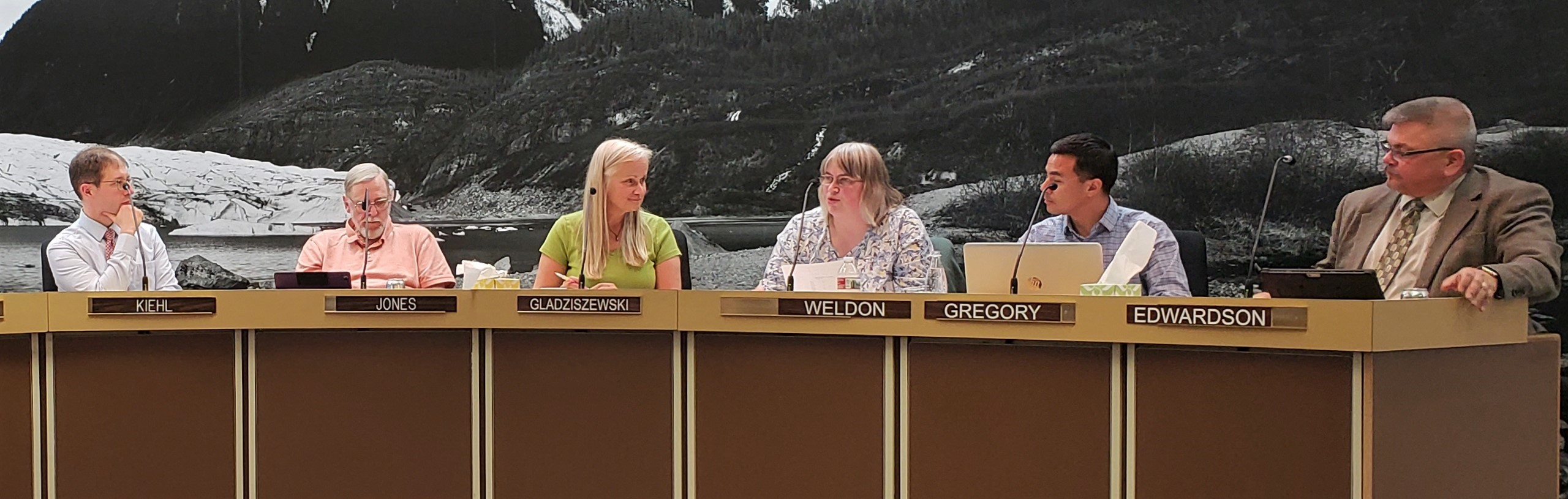 Juneau Assembly OKs school district budget, discusses automotive program